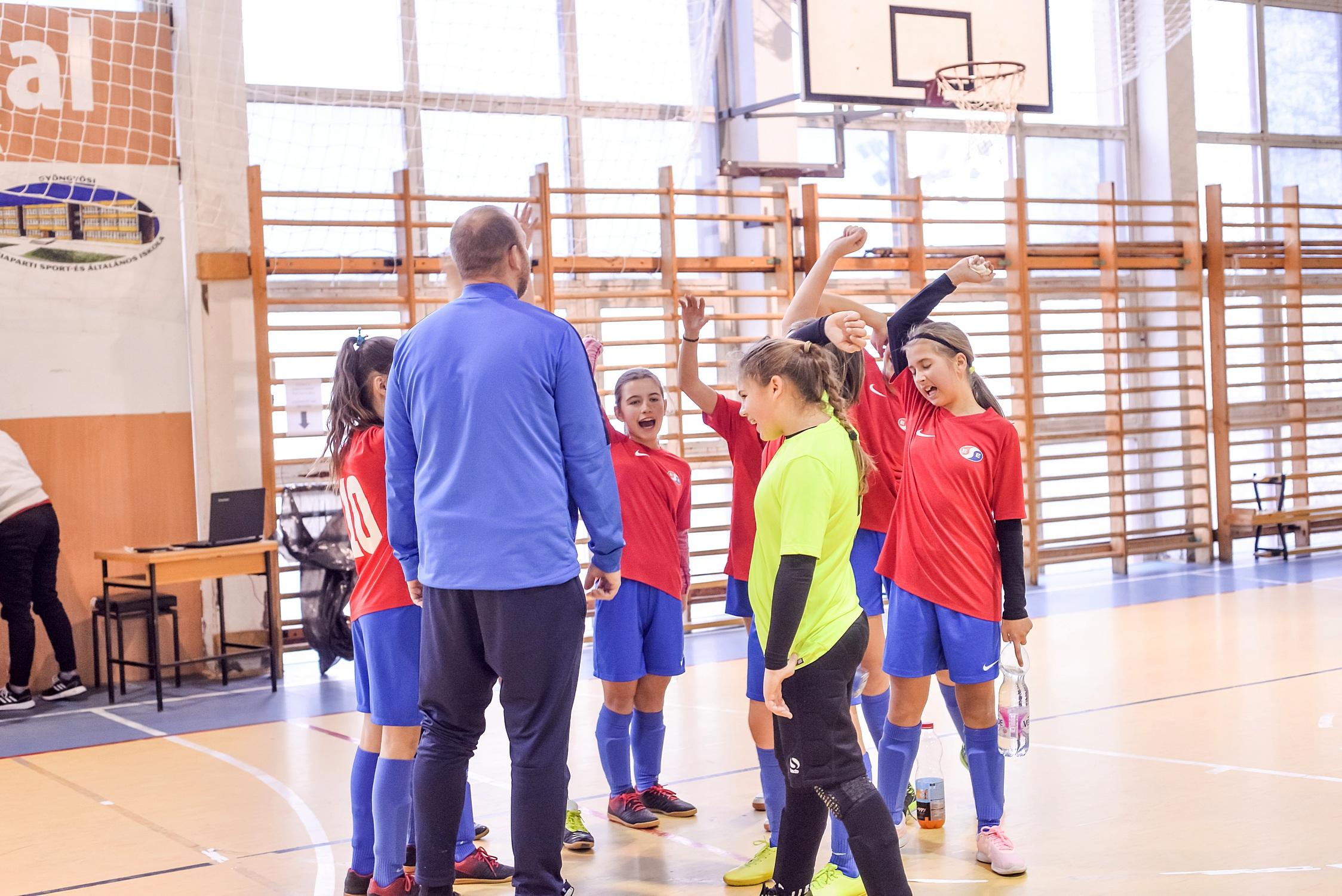 U13-U15 leány – Elkezdődött a megyei futsal bajnokság, mindkét csapatunk csoportgyőztes